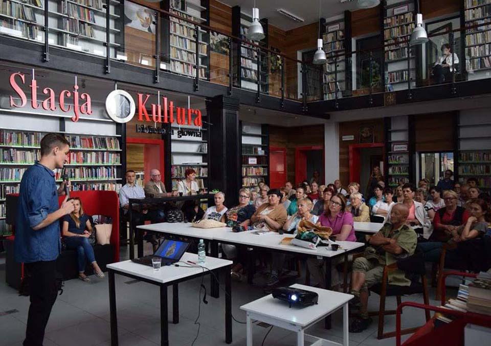Wykład w Rumskiej bibliotece Stacja Kultura