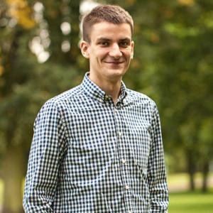 Maciej Stafiej, pasjonat i miłośnik herbaty, autor bloga kurs na herbatę