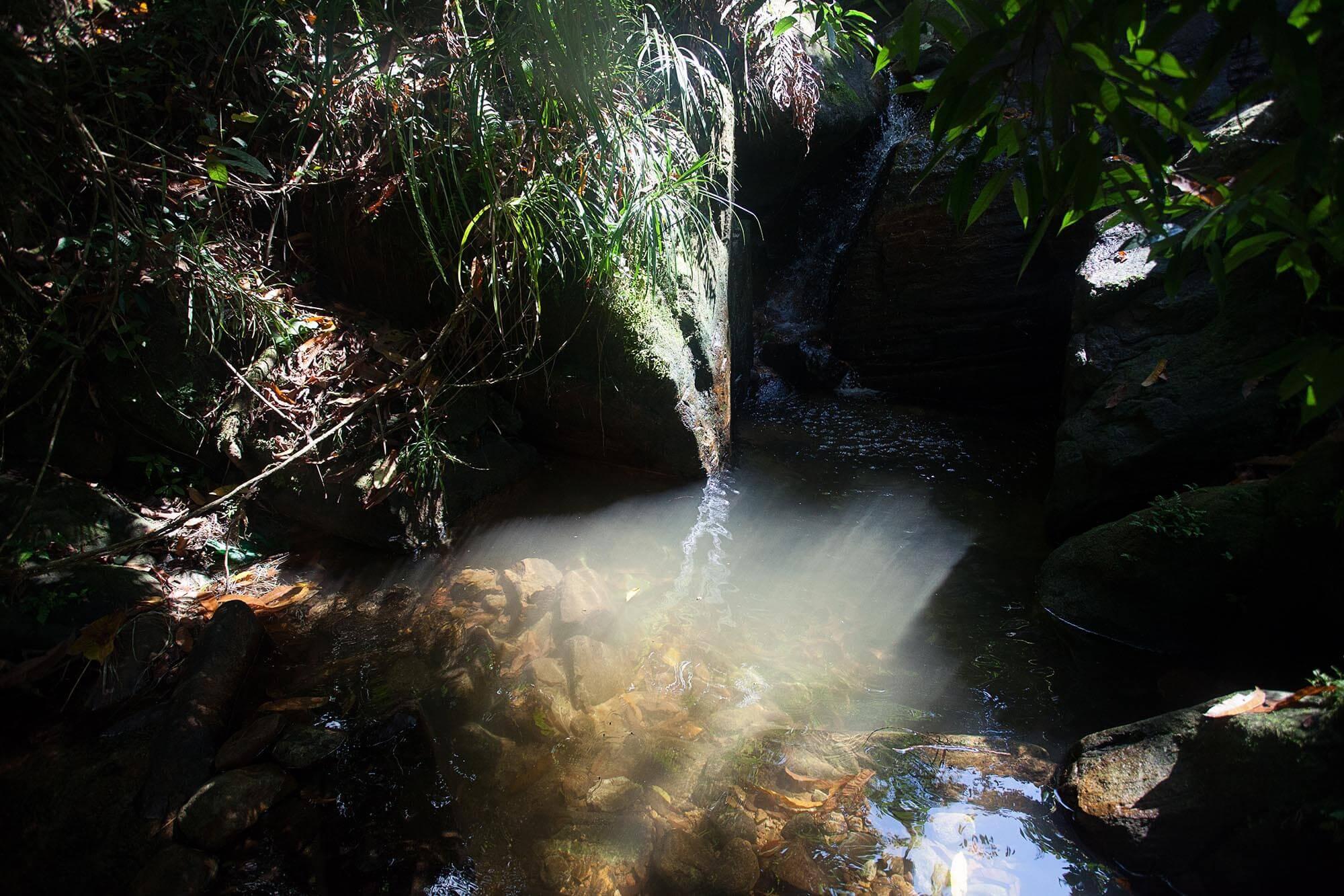 Wodospad z zimną wodą.