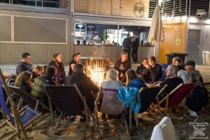Spotkanie miłośników herbaty przy ognisku po pierwszym dniu Festiwalu Herbaty Zaparzaj! 2016