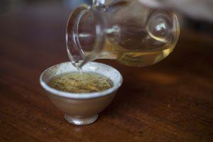 Herbata milk oolong, mleczny oolong w czarce