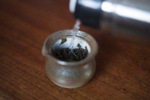 Parzenie herbaty oolong mleczny