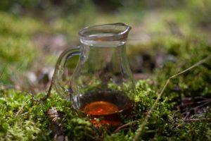 herbata pu erh po zaparzeniu w dzbanuszku